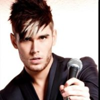 Colton Dixon Signs With Sparrow Records