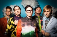 """Family Force 5 Release New Single """"Hold Your Hand"""" For Free"""